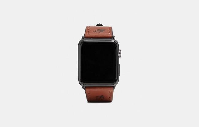 Coach lanza su nueva colección de verano en correas para el Apple Watch