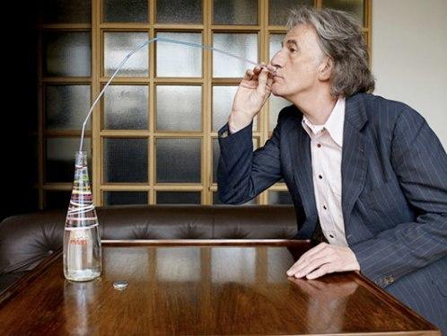 Foto de Paul Smith for Evian: agua embotellada con mucha clase (1/3)