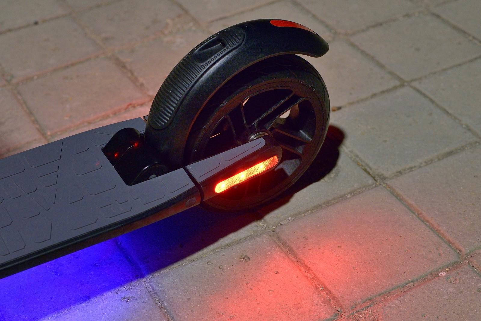 Foto de Nuevo servicio compartido de patinetes eléctricos de SEAT (10/13)