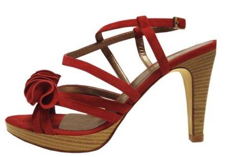 Este verano cálzate unos zapatos rojos by Fosco