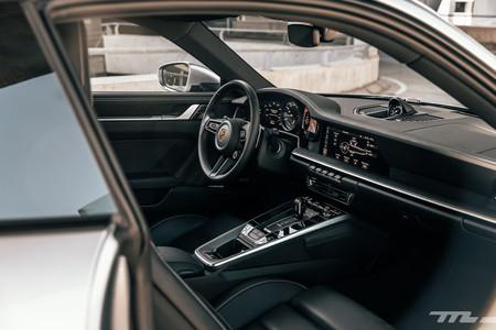 Porsche 911 interior