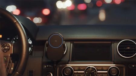 Xiaomi Wireless Car Charger, un cargador inalámbrico que sujeta nuestro móvil automáticamente, por 27,67 euros en AliExpress