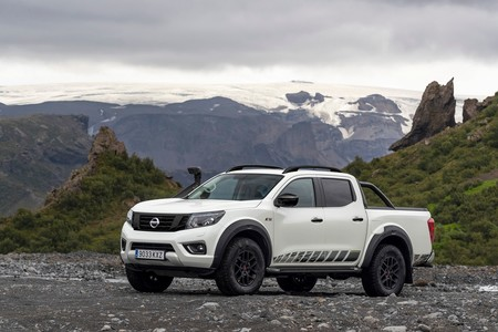 Nissan Navara Off Roader At32 7