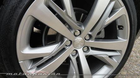 Peugeot RCZ 2013 2.0 HDi, detalle de la llanta