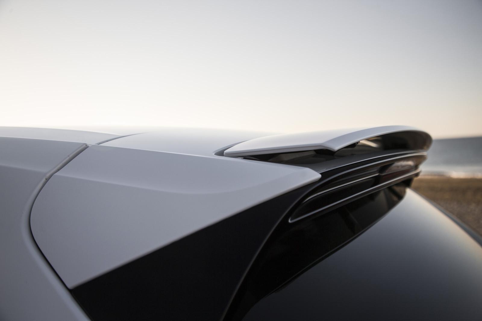 Foto de Porsche Cayenne Turbo 2018 (60/71)
