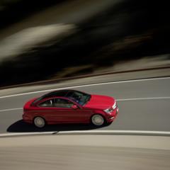 Foto 26 de 41 de la galería mercedes-benz-clase-c-coupe-2011 en Motorpasión