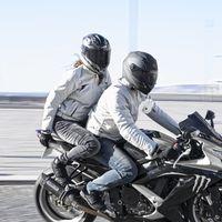 Chaquetas VQuattro Lucas y Tarah para disfrutar de la moto en los meses de más calor y a buen precio