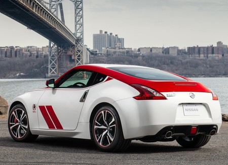 Nissan 370z 50th Anniversary Edition 2020 1600 07