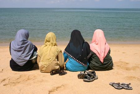 Muslim beach