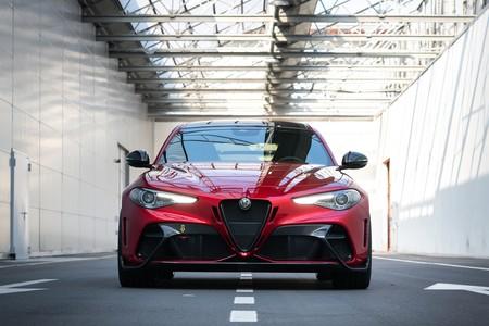 Alfa Romeo Giulia Gta 2020 003
