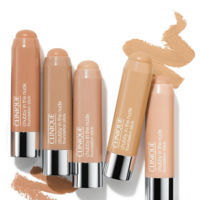 Clinique cambia la forma de maquillarse con su nueva base 'Chubby in the Nude'