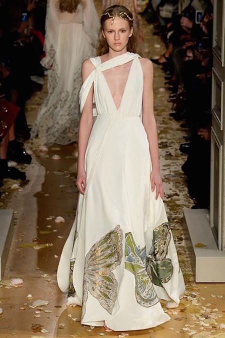 Las Medusas de Valentino nos hipnotizan en su desfile de Alta Costura Primavera-Verano 2016