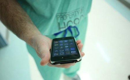 nurse-iphone.jpg