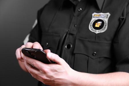 Datos de localización cedidos por Google a la policía señalaron como sospechoso a un ciclista sólo por pasar frente a una casa robada