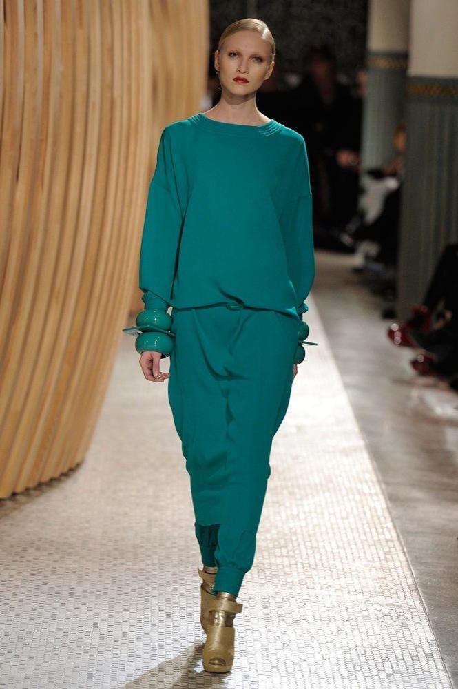 Foto de Hermès Otoño-Invierno 2011/2012 en la Semana de la Moda de París: entre África y el minimalismo de Lemaire (1/21)