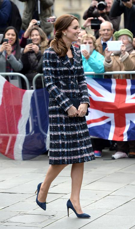 Kate Middleton Abrigo Cuadros Erdem Manchester 2