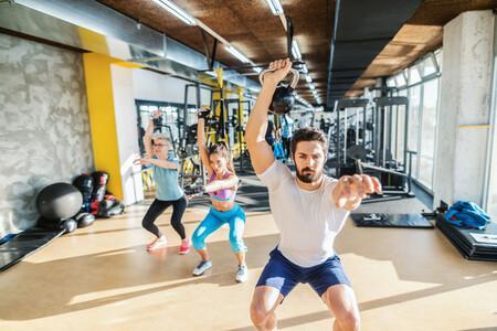 Entrena en el gimnasio con este circuito de entrenamiento funcional