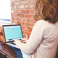 La regla ahoga la productividad de las mujeres 23 días al año: hablemos de la flexibilidad laboral