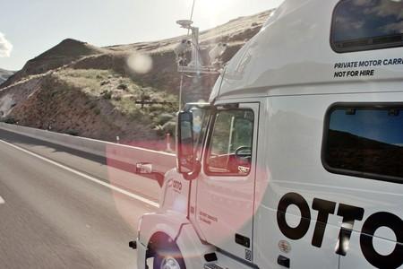 Más problemas para Uber: camiones autónomos vs las leyes de California