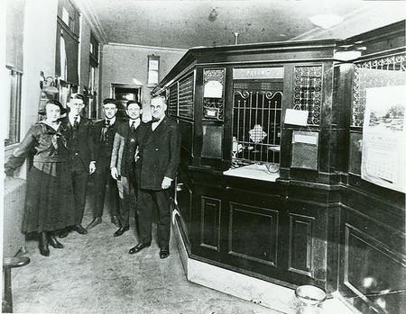 La maldición de los bancos zombi