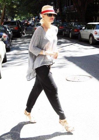 Gwen Stefani, look de calle sport