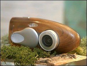 [Photokina 2006] Olympus quiere fabricar cámaras con carcasa de madera