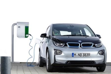 Alemania estudia una ayuda de 5.000 euros para los coches eléctricos enchufables