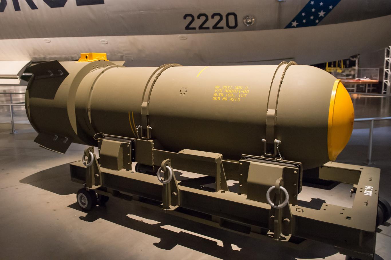 Tipos de bombas nucleares pdf