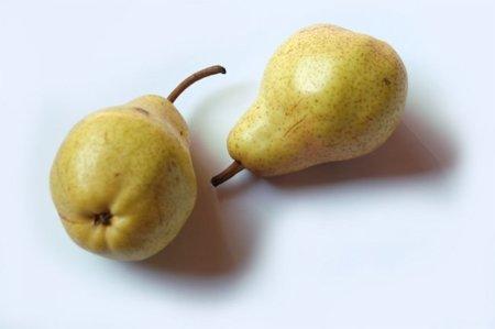 Beneficios de la pera, una fruta del otoño