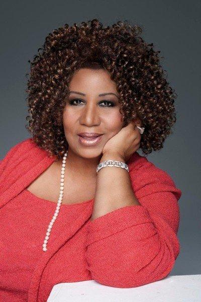 Aretha Franklin se nos casa... ¡Nunca es tarde para el amor!
