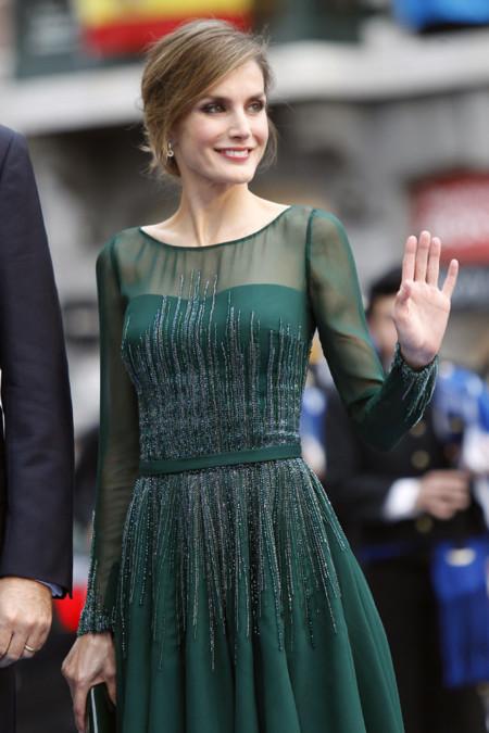 El look de la princesa Letizia en los Premios Príncipe de Asturias 2013