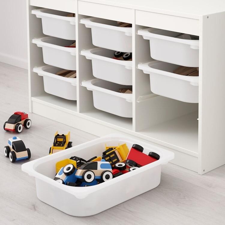 Combinación de almacenaje con cajas en color blanco