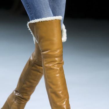 Clonados y pillados: si te enamoraste de las botas altas (y forradas) de Celine, ahora puedes conseguirlas en Mango