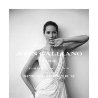 ¿Será Christy Turlington capaz de relanzar la firma John Galliano?