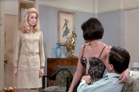 catherine-deneuve_belle-de-jour_khaki-dress-mid_bmp.jpg