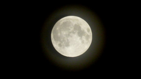 La extraña correlación entre la luna llena y el sueño