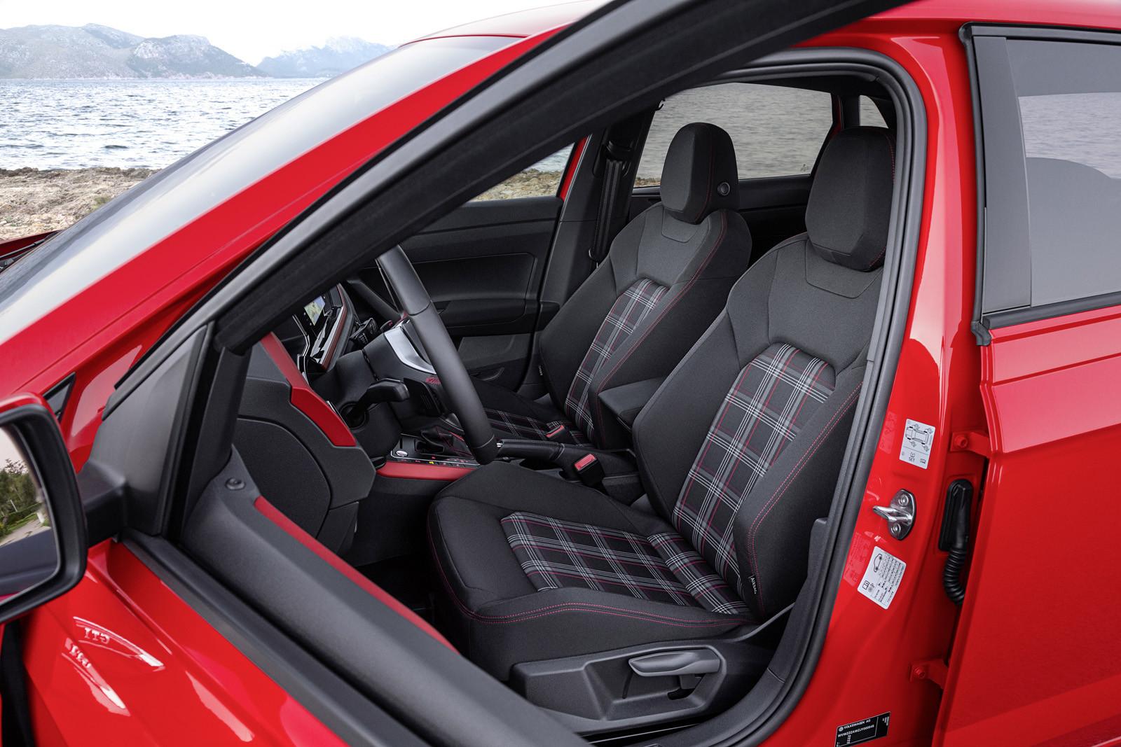 Foto de Volkswagen Polo GTI (14/15)