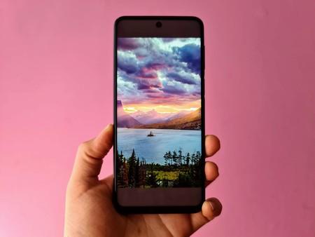"""Usar esta imagen como wallpaper deja algunos smartphones """"inservibles"""", esto es lo que sabemos"""