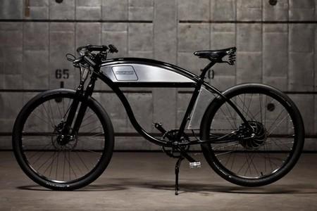 Derringer cambia gasolina por electricidad para sus bicicletas