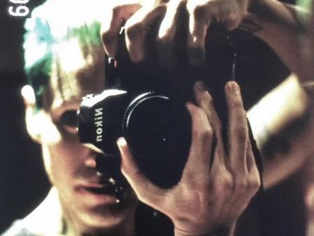 Jared Leto posa como el Joker en una simbólica imagen