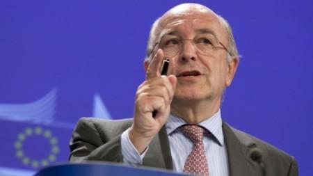 Facebook pide a la Comisión Europea que analice la compra de WhatsApp