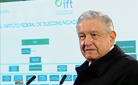 """AMLO quiere desaparecer al Instituto Federal de Telecomunicaciones para """"ahorrar dinero"""" en México: busca que SCT haga sus funciones"""