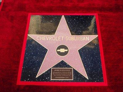 Chevrolet Suburban es el primer SUV en llegar al paseo de la fama en Hollywood