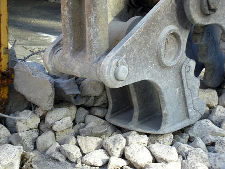 SAREB sacará la excavadora y derribará proyectos urbanísticos a medio hacer