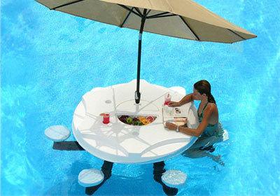 Aquapub, un bar dentro de tu piscina