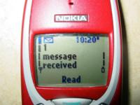 El uso del Internet móvil sube, los SMS bajan. La imagen de la semana