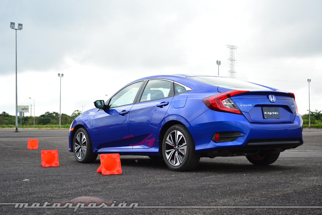 Honda Civic 2016 (Contacto)