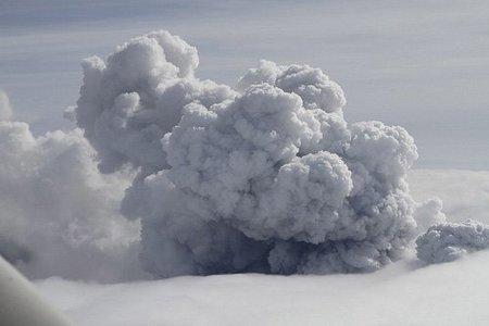 Encuesta: ¿Has cambiado tu forma de viajar después de la nube de ceniza volcánica?