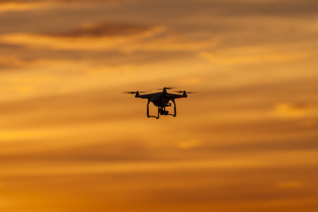 Los drones que transportan droga de México a Estados Unidos son un problema en la frontera al ser –casi- indetectables