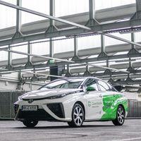 El Toyota Mirai ya ha cubierto una distancia equivalente a ir a la Luna y volver... ¡seis veces!